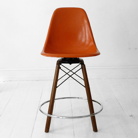 EAMES stole - RELOVE